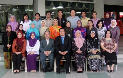 Taidin Suhaimin (speaker) seated 3rd from left during a Team Building Training Programme (Membina Budaya Kerja Berpasukan Cemerlang) for Sabah State Human Resource Development Department (JPSM) in Kota Kinabalu City, Sabah, Malaysia from 13-14 April 2010. Seated in the middle is Mr. Billy Yumbod, the Director of JPSM. Seated 3rd from right is JPSM's Administrative Officer, Puan Hajah Roselidah.